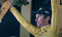 Geraint Thomas (GBR/SKY) wins the opening iTT &amp; the yellow jersey<br /> <br /> 104th Tour de France 2017<br /> Stage 1 (ITT) - D&uuml;sseldorf &rsaquo; D&uuml;sseldorf (14km)