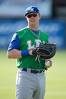 Lexington Legends first baseman Ryan O'Hearn (22) warms up in the outfield prior to the game against the Kannapolis Intimidators at CMC-Northeast Stadium on May 25, 2015 in Kannapolis, North Carolina.  The Intimidators defeated the Legends 6-5.  (Brian Westerholt/Four Seam Images)