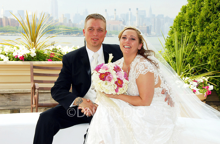 The wedding of Gina Purdenti and Johnny Smith at Giando on the Water in Brookyln, New York on Friday July 4,2008.