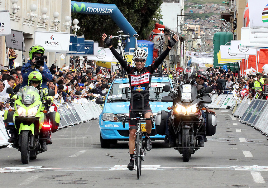 PASTO -COLOMBIA, 11-06-2013. Rafael Infantino del equipo Aguadiente Antioqueño ganó la tercera etapa de la Vuelta a Colombia Supérate 2103 que se cumplió entre las ciudades de Ipiales y Pasto con un recorido de 92.2 km./ Rafael Infantino of Aguardiente Antioqueño team won the 3th stage of  Vuelta a Colombia Superate 2013 made between the cities of Ipiales and Pasto and a distance of 92.2km Photo: VizzorImage/STR