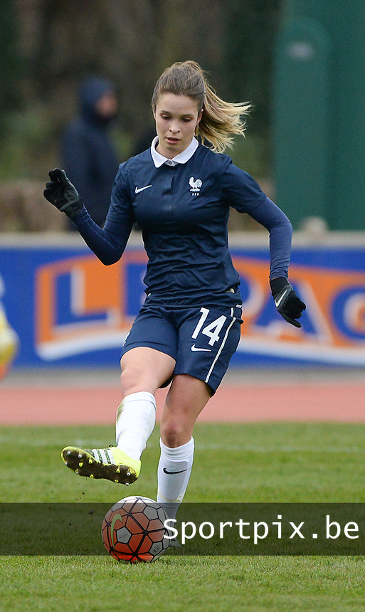20160319 - FLERS , FRANCE : French Tess Laplacette pictured during the soccer match between the women under 17 teams of  France and the Czech Republic , on the first matchday in group 3 of the UEFA Women Under17 Elite rounds at Stade du Haze in Flers , France . Saturday 19th March 2016 . PHOTO DAVID CATRY