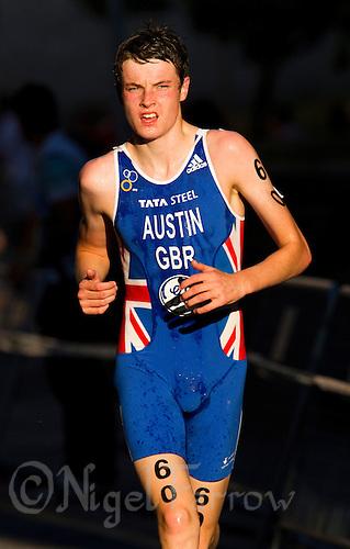 24 JUN 2011 - PONTEVEDRA, ESP - Marc Austin (GBR) - Junior Men's European Triathlon Championships .(PHOTO (C) NIGEL FARROW)