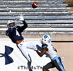 November 2nd, 2019:  Darrion Carrington of Yale scores a great TD as the Bulldogs up their record to 6-1 defeating the Columbia Lions 45-10 in Ivy League football.  The game was held at the Yale Bowl in New Haven, Connecticut. Heary/Eclipse Sportswire/CSM