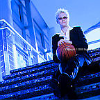 Lisa Henderson - Chief Executive Officer - Leveledge.com.: Executive portrait photographs by San Francisco Bay Area - corporate and annual report - photographer Robert Houser. 2009 pictures.