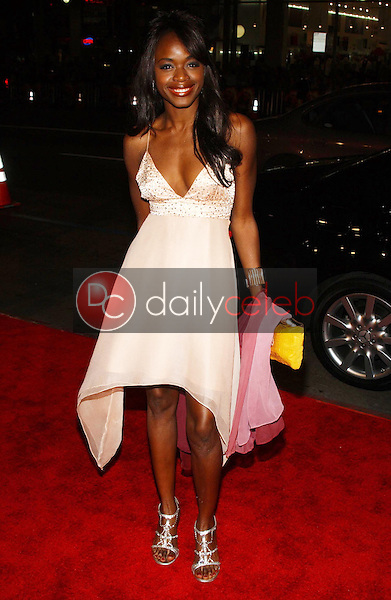Nzinga Blake<br />at the premiere of &quot;Blood Diamond&quot;. Grauman's Chinese Theatre, Hollywood, CA. 12-06-06<br />Dave Edwards/DailyCeleb.com 818-249-4998