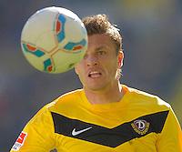 Fussball, 2. Bundesliga, Saison 2011/12, SG Dynamo Dresden - Alemannia Aachen, Sonntag (16.10.11), gluecksgas Stadion, Dresden. Dresdens Zlatko Dedic am Ball.