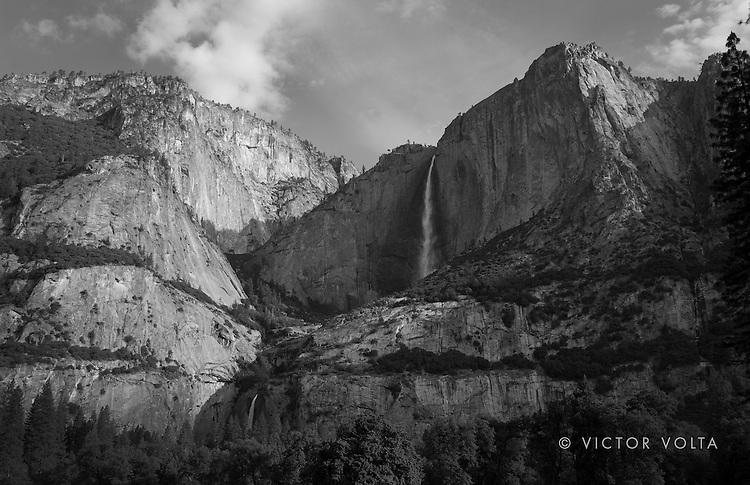 Yosemite Falls (2015)