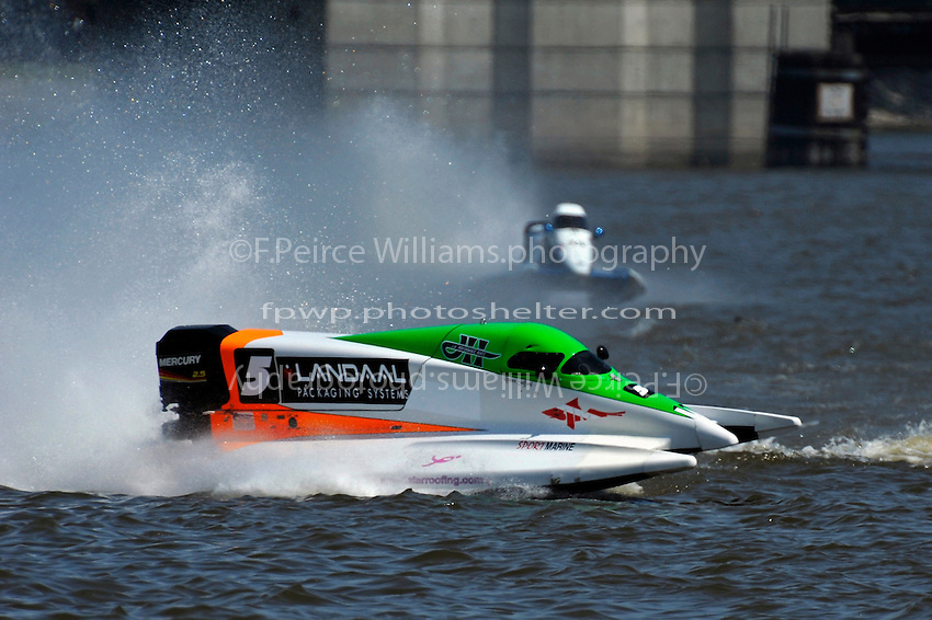 Frame 5: Rueben Stafford (#5) hooks and spins out during heat race 3 bringing out the red flag.   (Formula 1/F1/Champ class)