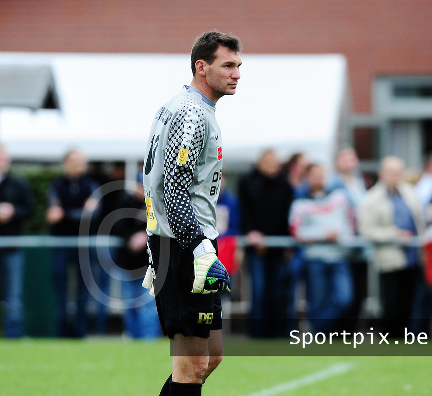 KV Kortrijk : Darren Keet.foto VDB / BART VANDENBROUCKE