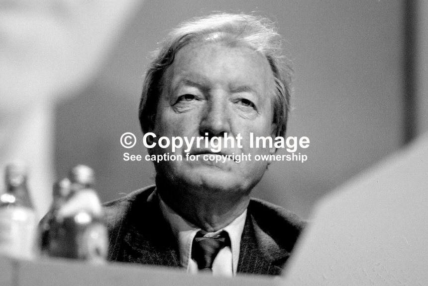 Charles J Haughey, Taoiseach, Prime Minister, Rep of Ireland, TD, Fianna Fail, platform, Ard Fheis, 19880204CJH1.<br />