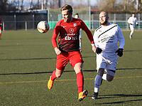markus Schmid (Unter-Flockenbach) am Ball - 25.02.2018: SKV Büttelborn vs. SV Unter-Flockenbach, Gruppenliga Darmstadt