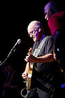 Dave Mason in concert at Voodoo Lounge of Harrah's Casino in St. Louis on Jan 21, 2009.