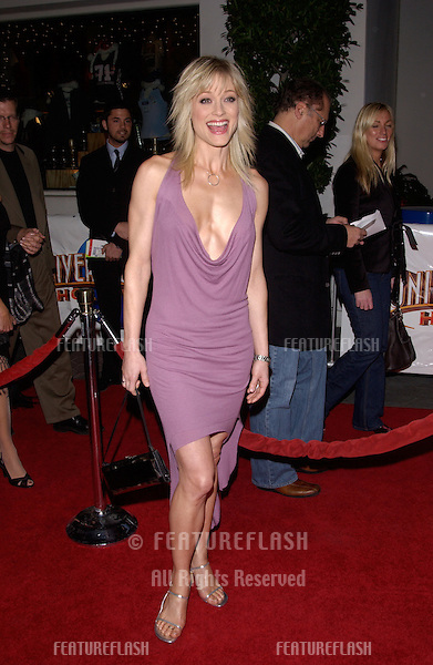 Dec 16, 2004; Los Angeles, CA: Actress TERI POLO at the Los Angeles premiere of her new movie Meet the Fockers..