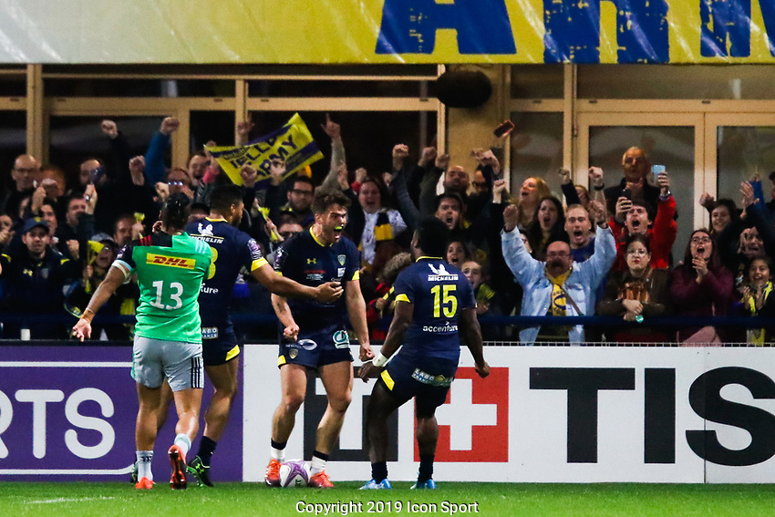 Damian Penaud of Clermont celebrates his try during the Challenge Cup semi final match between ASM Clermont and Harlequins on April 20, 2019 in Clermont-Ferrand, France. (Photo by Romain Biard/Icon Sport)