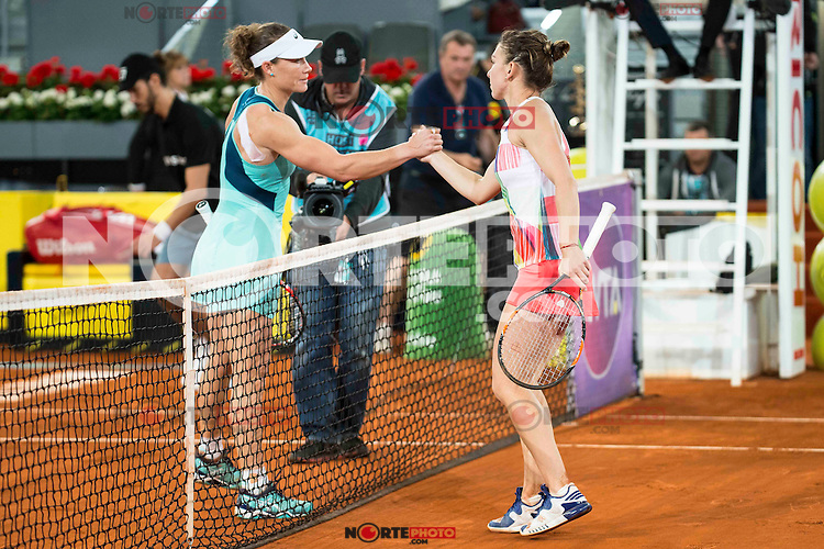 Australian Samantha Stosur and romanian Simona Halep during Mutua Madrid Open Tennis 2016 in Madrid,  May 06, 2016. (ALTERPHOTOS/BorjaB.Hojas) /NortePhoto.com