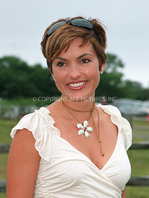"""Mariska Hargitay at the Fifth Annual """"Super Saturday"""" designer sale and family event to benefit the ovarian cancer research fund. Water Mill, Long Island. July 27, 2002. Please byline: Alecsey Boldeskul/NY Photo Press.   ..*PAY-PER-USE*      ....NY Photo Press:  ..phone (646) 267-6913;   ..e-mail: info@nyphotopress.com"""