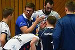 18.11.2017,  Lueneburg GER, VBL, SVG Lueneburg vs TV Rottenburg im Bild Trainer Stefan Huebner (Hübner Lueneburg) redet mit der Mannschaft/ Foto © nordphoto / Witke