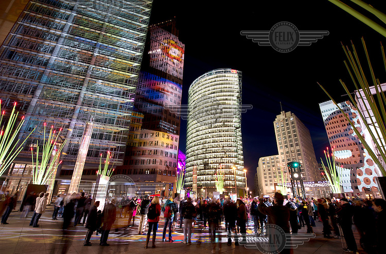The Festival of Lights on the Potsdamer Platz, the world's largest illumination festival. Every October Berlin is transformed by an artistically enchanting world full of light art and creative productions.