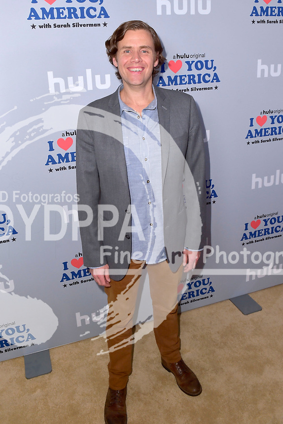 Gavin Purcell beim Fototermin zur der Hulu TV-Serie 'I Love You, America' im Chateau Marmont Hotel. Los Angeles, 11.10.2017