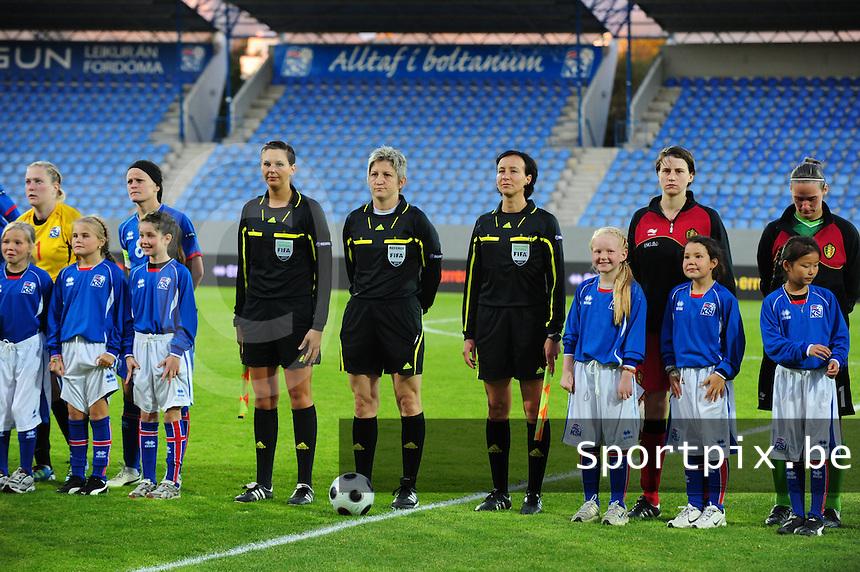 Iceland : UEFA Women's Euro Qualifying group stage (Group 3) - 21/09/2011 - 21:30CET (19:30 local time) - Laugardalsvöllur - Reykjavik : ICELAND (ijsland) - BELGIUM ( Belgie) : scheidsrechters : Christine Baitinger (GER)  (midden) en Inka Müller (GER), Christina Jaworek (GER)..foto DAVID CATRY / Vrouwenteam.be