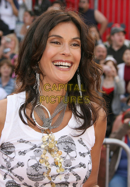 "TERI HATCHER.""Pirates Of The Caribbean: At World's End"" World Premiere held at Disneyland, Anaheim, California, USA,.May 19th, 007.3 headshot portrait silver necklace white grey gray skull crossbones top .CAP/ADM/RE.©Russ Elliot/AdMedia/Capital Pictures"
