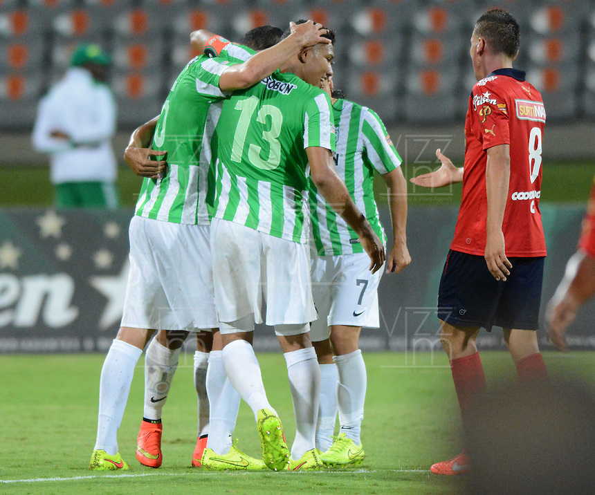 MEDELLÍN -COLOMBIA-13-09-2014. Jugadores de Atlético Nacional la victoria sobre Independiente Medellín en partido por la fecha 9 de la Liga Postobón II 2014 jugado en el estadio Atanasio Girardot de la ciudad de Medellín./ Players of Atletico Nacional celebrate the victory over Independiente Medellin in match for the 9th date of the Postobon League II 2014 at Atanasio Girardot stadium in Medellin city. Photo: VizzorImage/Luis Ríos/STR