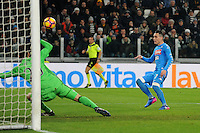 Calcio, semifinale di andata di Tim Cup: Juventus vs Napoli. Torino, Juventus Stadium, 28 febbraio 2017.<br /> Napoli's Jose' Maria Callejon, right, kicks to score as Juventus' goalkeeper Neto tries to save the ball during the Italian Cup semifinal first leg football match between Juventus and Napoli at Turin's Juventus stadium, 28 February 2017.<br /> UPDATE IMAGES PRESS/Manuela Viganti