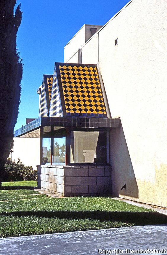 Rob W. Quigley: Linda Vista Library, North Facade. Sun Screen over huge window. Photo '97.