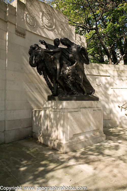 First world war memorial gift statue from Belgium, the Embankment, London