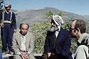 Iran 1979.A la frontière Iran-Irak, Sheikh Ezzedin Husseini et Abdul Rahman Zabihi..Iran 1979.On the border of Iran-Iraq, Sheikh Ezzedin and left, Abdul Rahman Zabihi