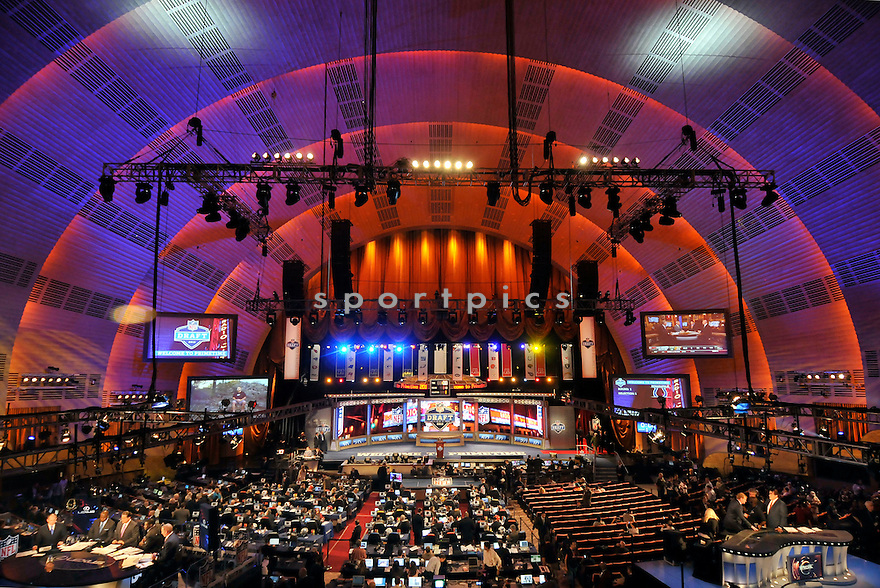 2012 NFL DRAFT.4-26-12.RADIO CITY MUSIC HALL.NEW YORK CITY