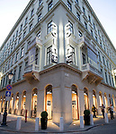 Hongarije, Boedapest, 6 oktober 2009<br /> COIN clothingstore in monumentaal pand<br /> Philips Lighting<br /> Foto: Felix Kalkman
