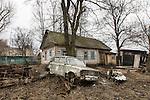 An abandoned house in Bolotnitsa.