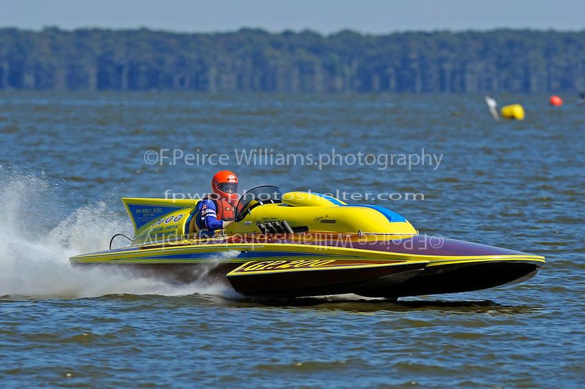 """Bill Gmeiner,Jr., GP-200 """"Lauterbach Special"""", (1976 Grand Prix class Lauterbach hydroplane)"""