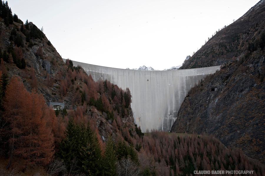 Ofible SA, Diga del Luzzone, Valle Blenio, Dam