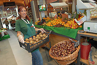 - Eataly, market for the sale of quality Italian food<br /> <br /> - Eataly, market per la vendita del cibo italiano di qualit&agrave;