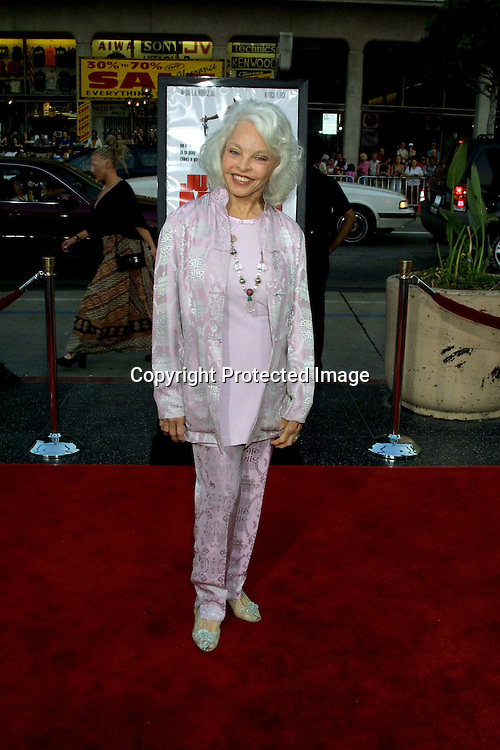 "©2002 KATHY HUTCHINS / HUTCHINS PHOTO.""JUWANNA MANN"" PREMIERE.HOLLYWOOD, CA.6/18/02.LOIS  ALDRIN"