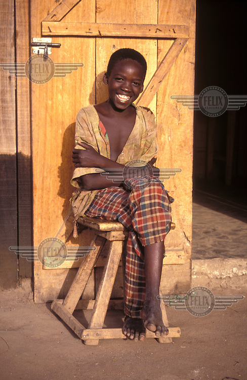 © Giacomo Pirozzi / Panos Pictures..CENTRAL AFRICAN REPUBLIC..Smiling boy.