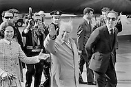 New York. April 2nd, 1972. The English actor Charlie Chaplin giving a wave to fans and the press at JFK Airport after returning to the US, with his wife Oona, after twenty years of political exile. His exile was a result of McCarthyism and accusation by the US authorities of having Communist tendencies. Chaplin returned to receive an Honorary Academy Award in Hollywood for his film career.