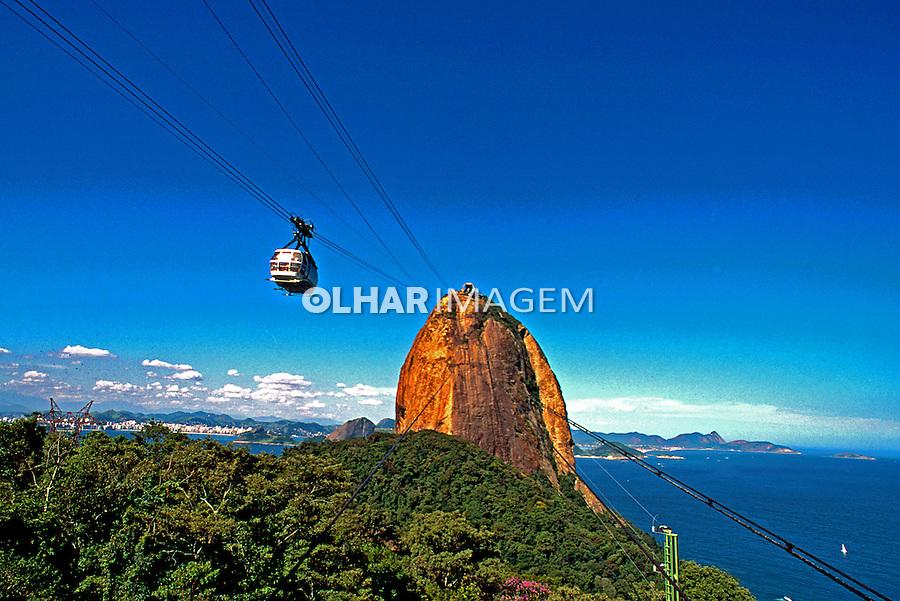 Morro Pão-de-açucar. Rio de Janeiro.  2000. Foto de Thaïs Falcão.
