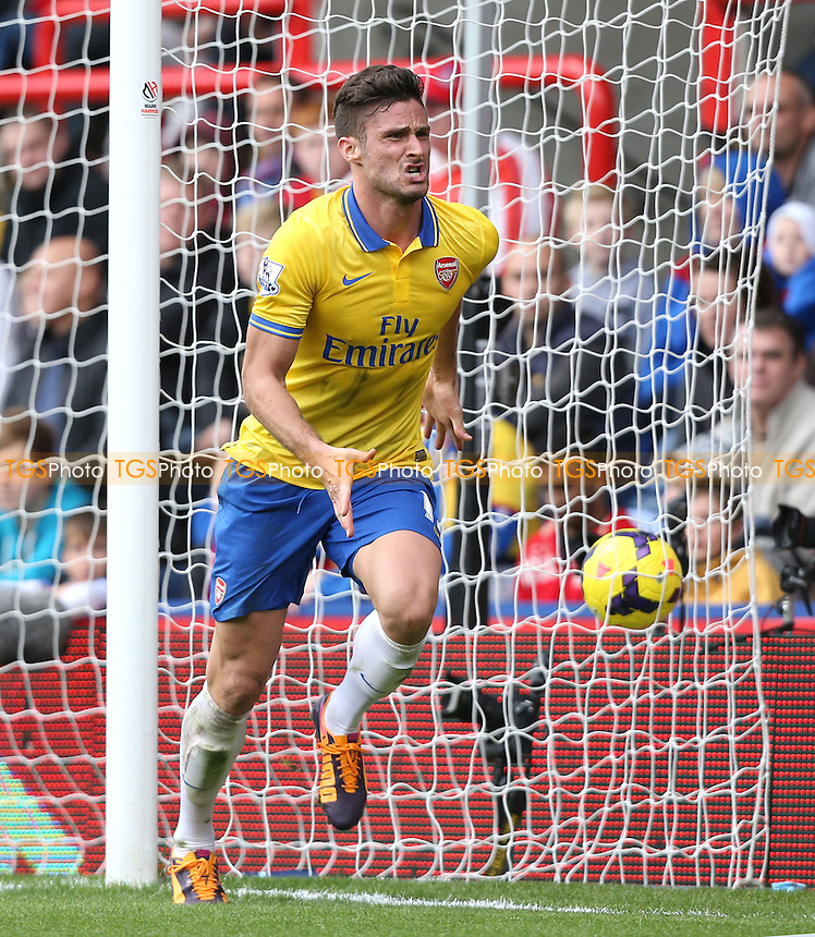 Olivier Giroud celebrates after scoring the 2nd goal for Arsenal - Crystal Palace vs Arsenal, Barclays Premier League at Selhurst Park, Crystal Palace - 26/10/13 - MANDATORY CREDIT: Rob Newell/TGSPHOTO - Self billing applies where appropriate - 0845 094 6026 - contact@tgsphoto.co.uk - NO UNPAID USE