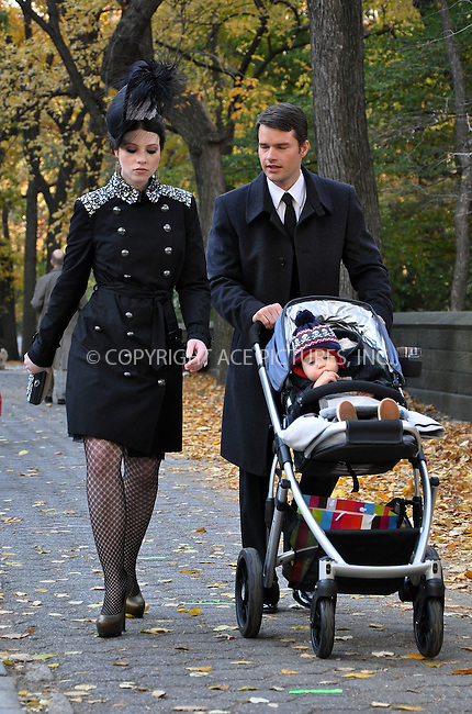 WWW.ACEPIXS.COM . . . . .  ....November 14 2011, New York City....Actress Michelle Trachtenberg on the set of the TV Show 'Gossip Girl' on the Upper East Side on November 14, 2011 in New York City....Please byline: CURTIS MEANS - ACE PICTURES.... *** ***..Ace Pictures, Inc:  ..Philip Vaughan (212) 243-8787 or (646) 679 0430..e-mail: info@acepixs.com..web: http://www.acepixs.com
