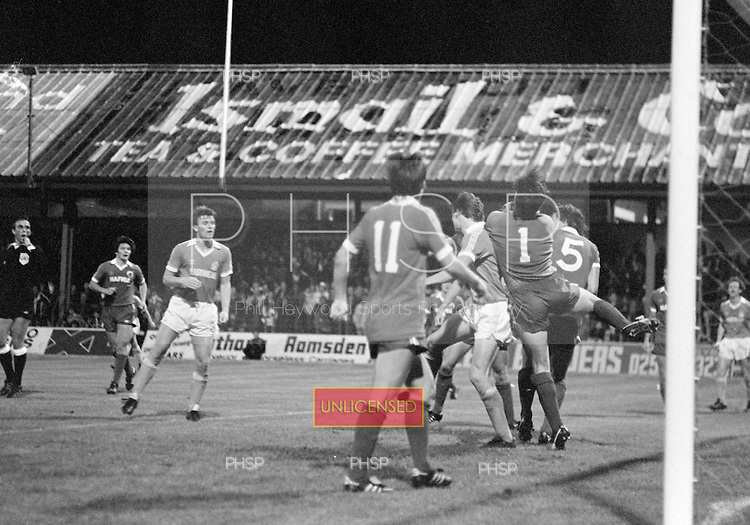 03/09/1980 Blackpool v Everton  League Cup 2nd Round 2nd Leg .Jim McDonagh claims under pressure from Stan McEwan....© Phill Heywood.