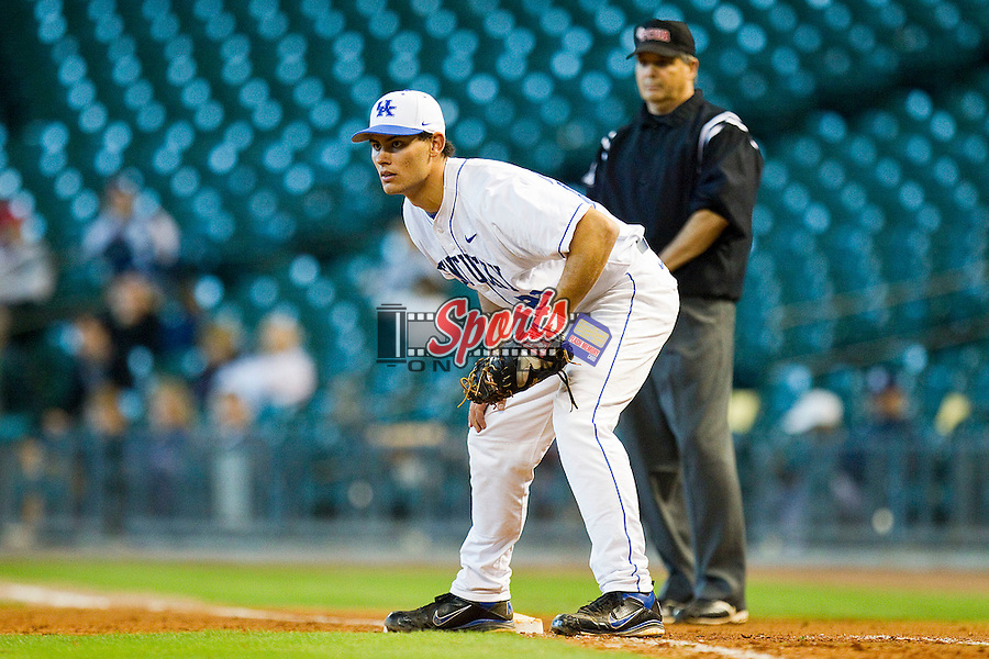 First baseman Luke Maile #21 of the Kentucky Wildcats on defense against the Houston Cougars at Minute Maid Park on March 5, 2011 in Houston, Texas.  Photo by Brian Westerholt / Four Seam Images