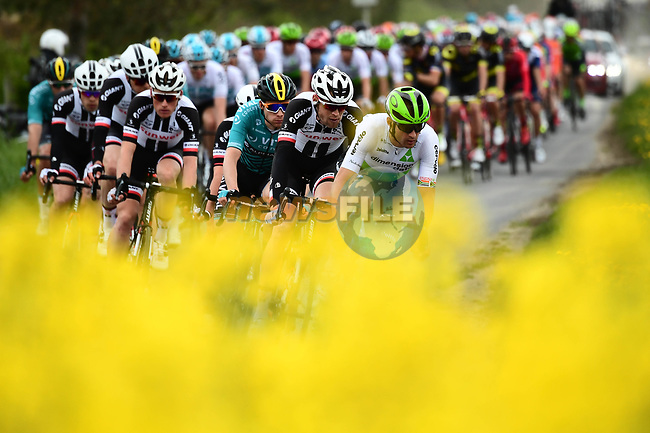 The peleton in action during Stage 1 of the Tour de Yorkshire 2018 running 182km from Beverley to Doncaster, England. 3rd MAy 2018.<br /> Picture: ASO/Alex Broadway | Cyclefile<br /> <br /> <br /> All photos usage must carry mandatory copyright credit (© Cyclefile | ASO/Alex Broadway)