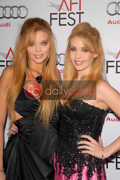 Kristy Landers and Lindsey Landers<br />at the Los Angeles Screening of 'Fantastic Mr. Fox' for the opening night of AFI Fest 2009. Grauman's Chinese Theatre, Hollywood, CA. 10-30-09<br />Dave Edwards/DailyCeleb.com 818-249-4998