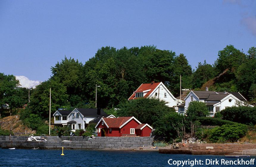 Norwegen, Drøbak bei Oslo, Holzhäuser