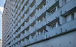 Superjednostka (mr&oacute;wkowiec) w Katowicach przy alei Wojciecha Korfantego, Polska<br /> One of the largest residential buildings in Poland