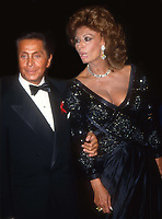 Valentino and Sophia Loren in 1992.<br />