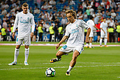 1st October 2017, Santiago Bernabeu, Madrid, Spain; La Liga football, Real Madrid versus Espanyol; Luka Modric (10) Real Madrid Pre-match warm-up